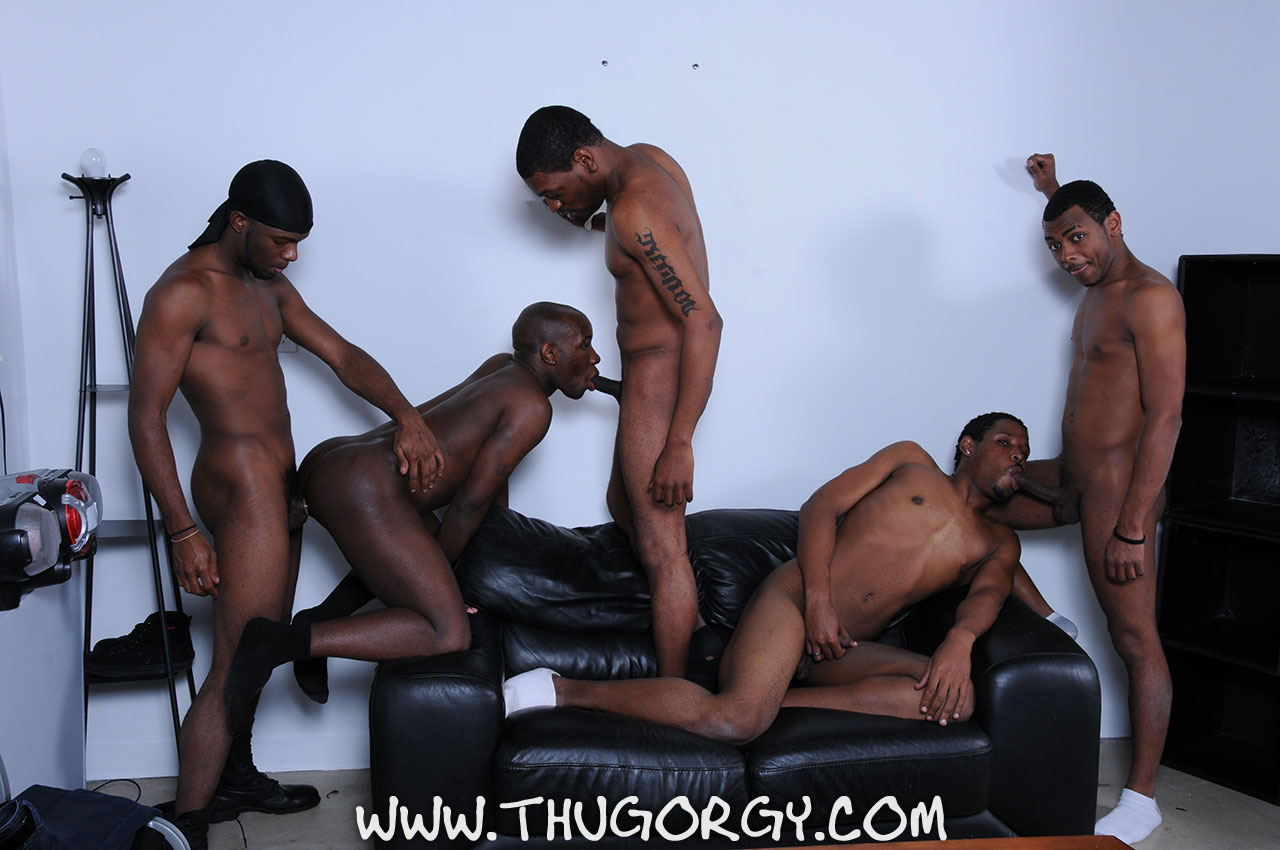Thug-Orgy-Brooklyn-Bounce-Intrigue-Kash-Mr-Wayne-Young-Buck-Black-Thugs-Fucking-Amateur-Gay-Porn-04 Thug Orgy:  One Lucky Player Gets A Bukkake Face Full Of Thug Cum