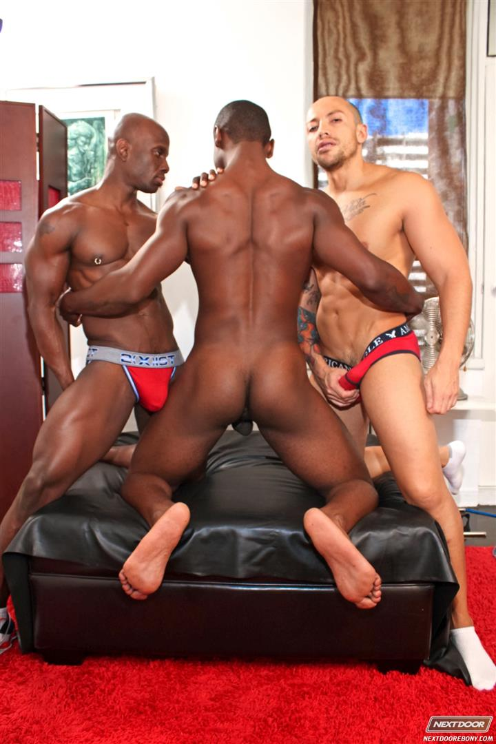 Next-Door-Ebony-Jordano-Santoro-and-Jay-Black-and-Damian-Brooks-Interracial-Gay-Fucking-Threeway-Amateur-Gay-Porn-03 Interracial Muscle Couple Picks Up A Black Muscle Stud In The Park