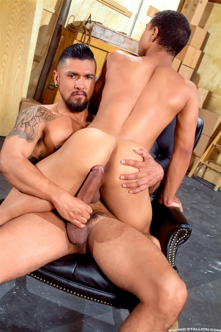 Raging-Stallion-Boomer-Banks-and-Trelino-Huge-Uncut-Cock-Fucking-A-Black-Ass-Amateur-Gay-Porn-07 Young Black Guy Takes Boomer Banks Huge Uncut Cock Up The Butt
