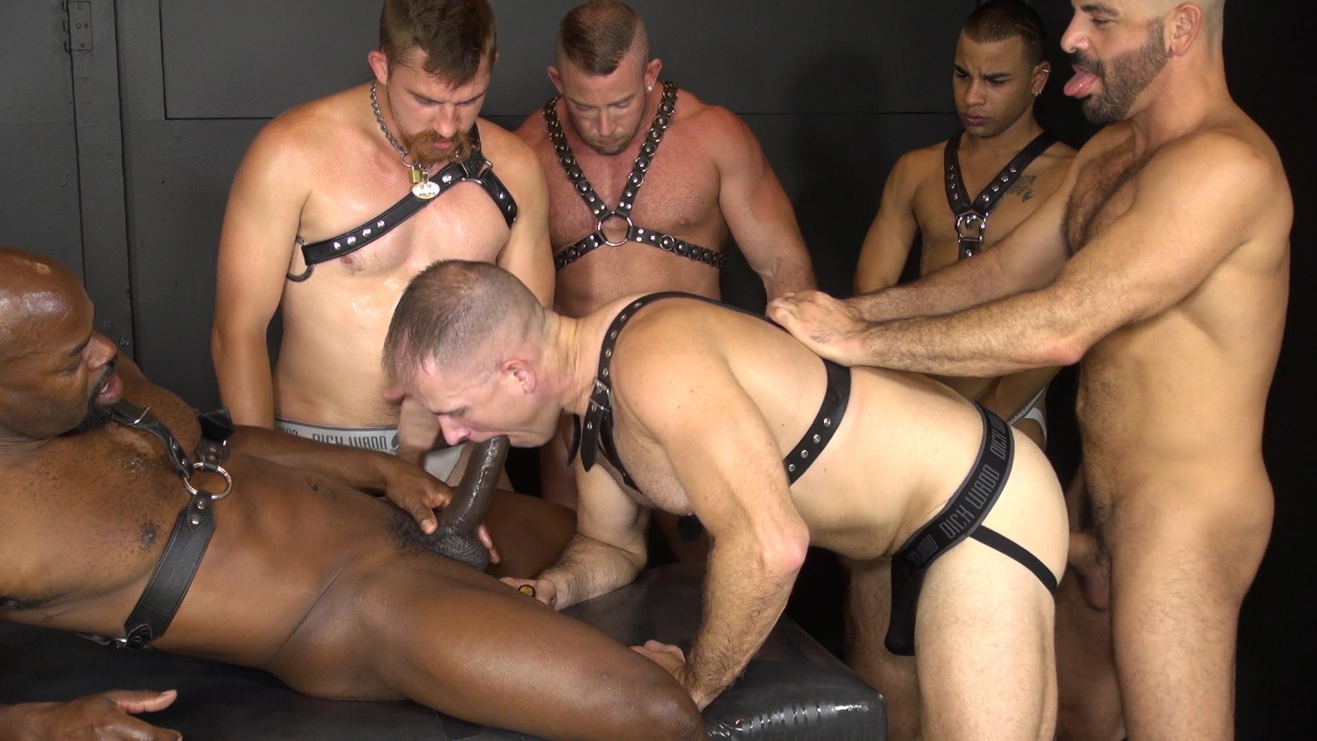 video hairy bareback porn gay group