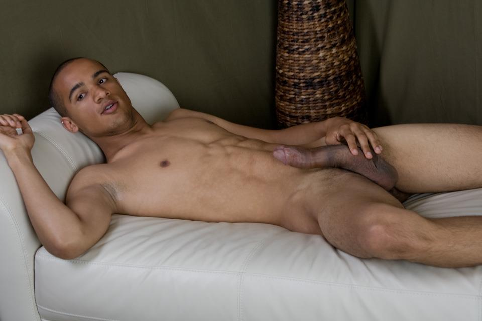 TWINK REAL GAY JERKING BLACK AFRICA
