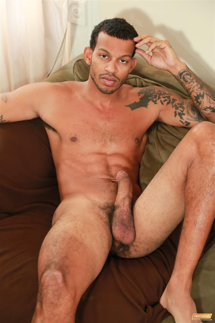 Next-Door-Ebony-Mike-Mann-Naked-Black-Man-Jerking-His-Big-Black-Cock-Amateur-Gay-Porn-09 Sexy Amateur Black Hipster Jerking His Big Black Cock