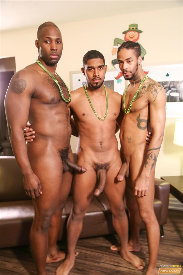 sweet and Hot Sexy Gay Black Men want you shove