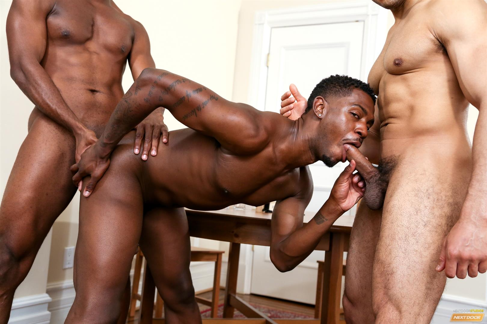 Threeway ass pounding for black guy