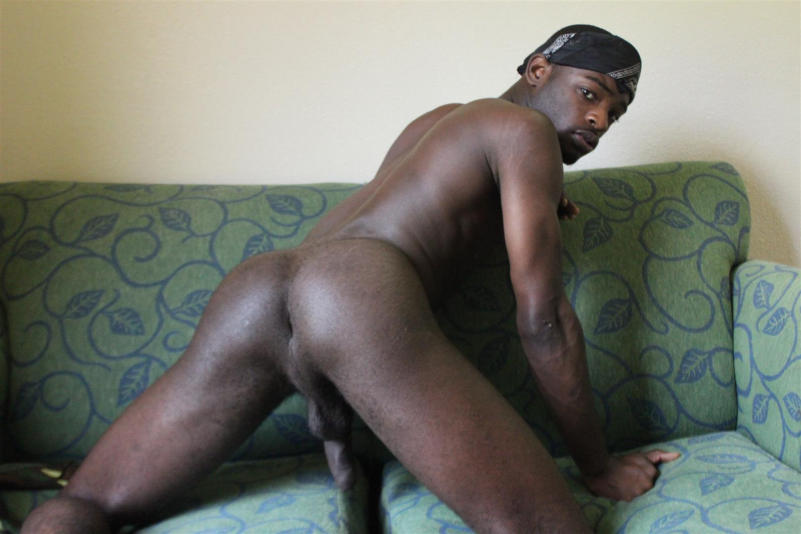 Traphouse-Boys-Brown-and-Carlos-Big-Black-Cock-Bareback-Amateur-Gay-Porn-03 DL Thugs Barebacking With Their Big Uncut Black Dicks