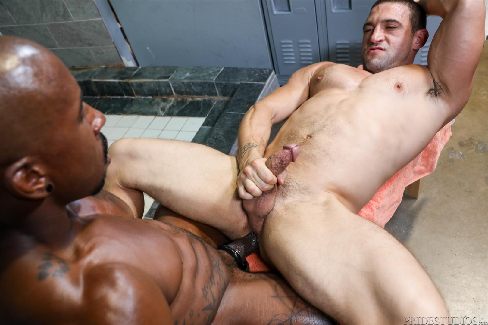 Extra-Big-Dicks-Max-Konnor-and-Ceasar-Ventura-Interracial-Bareback-Fucking-Big-Black-Cock-13 Cruising For Bareback Big Black Dick At The Gym